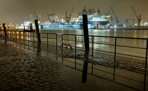 porto hamburgo a noite