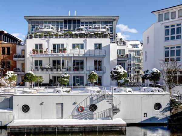 casa construcao edificio residencial inverno canal