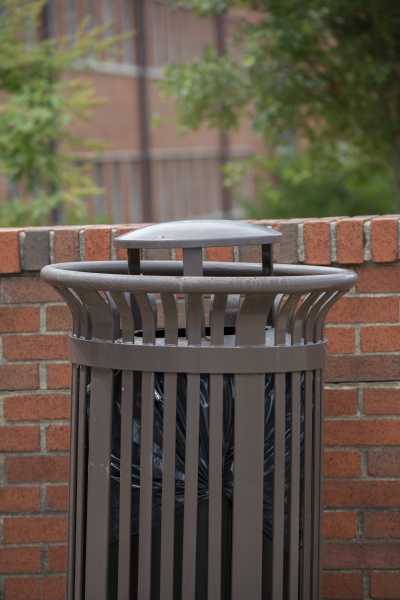 public, garbage, can - 25902459