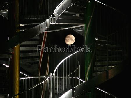 escada arco lua ceu noturno parafuso