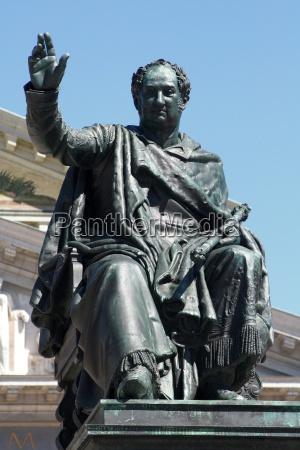 estatua bavaria vista munique imperador rei