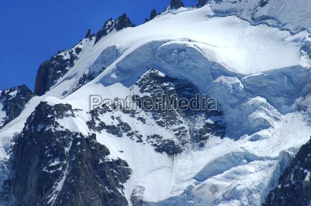 ambiente montanhas turismo alpes caminhada cupula