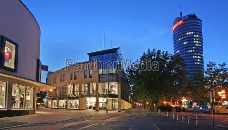 azul torre noite hora