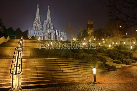 escadaria da catedral de colonia