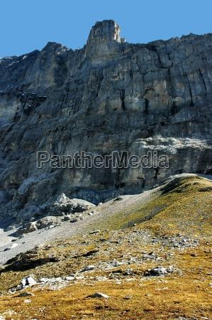 montanhas europa suica rocha ingreme montanha