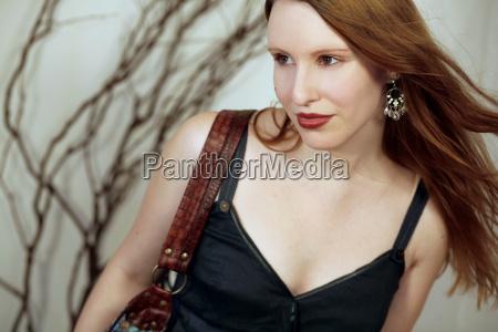 mulher bolsa belo agradavel moda elegante