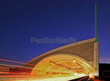 tunel rodovia