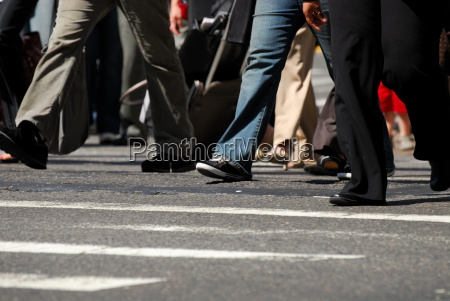 pedestres no zebrasstrefen