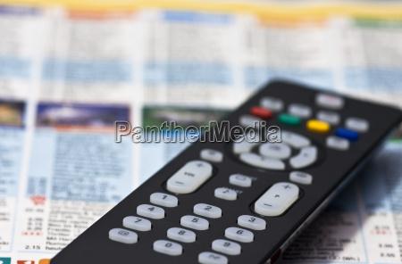 tv assistindo a televisao