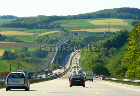 motorway e estrada de ferro