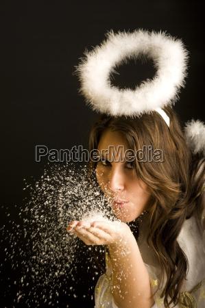mulher golpe bolhas anjo anjos traje
