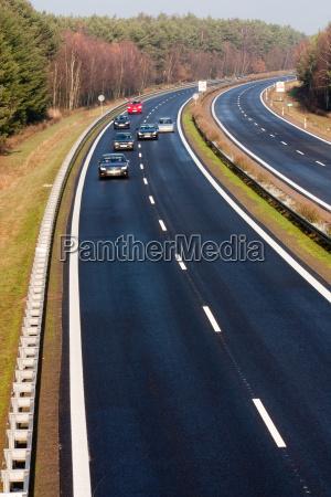 perigo risco trafego carro veiculo transporte