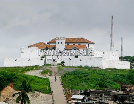 castelo de elmina em ghana perto