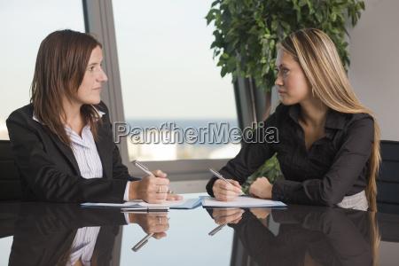 pessoas povo homem secretaria cooperacao acordo