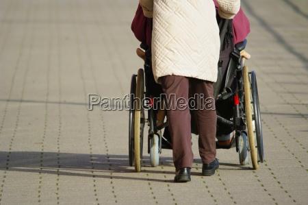 conduzir cadeira de rodas mover ferries