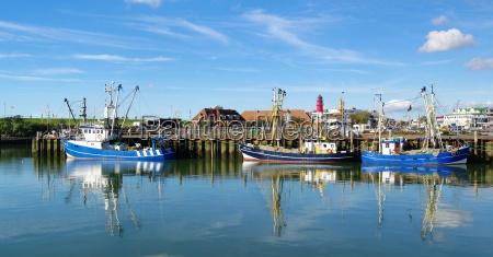 navios no porto de mar do