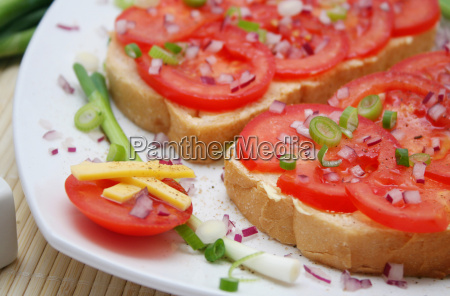pao tomates lanche tomate alimento cafe