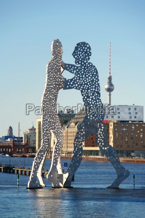escultura berlim comunidade grupo moleculeman spreeufer