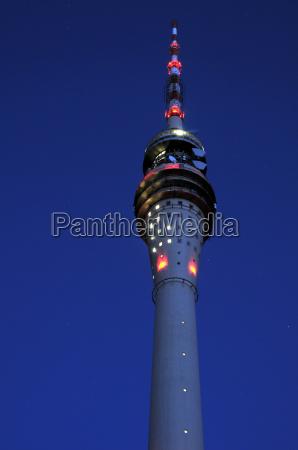 dresden torre de tv a noite