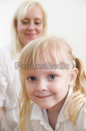 little girl with her mom