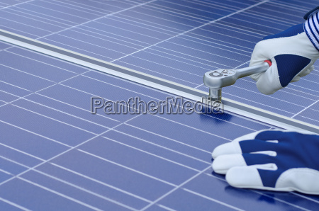 montagem de modulos solares