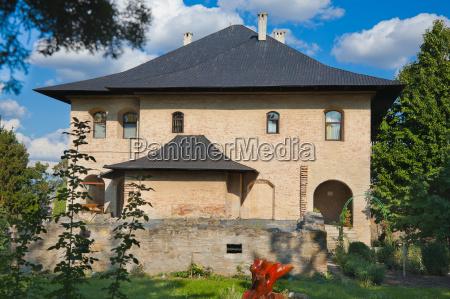 casa construcao historico cor verao horizontalmente