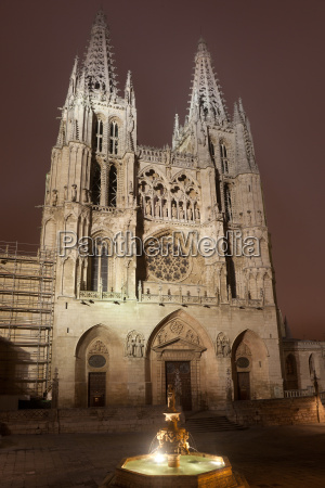 escada torre historico religiao cidade cor