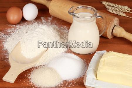 alimento marrom acucar leite preparar farinha