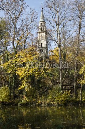 parque capela alemanha stuttgart ruina