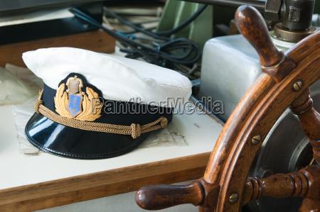 chefe cabine carga marinha navio capitao