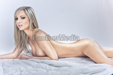 lust erotic nudes girl