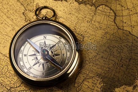 feche acima da vista do compasso