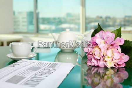 jornal tageblatt taca escritorio cha secretaria