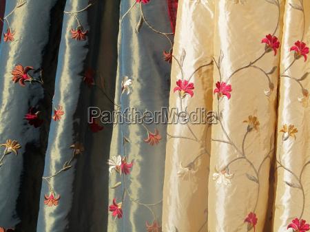 costurar seda tecido