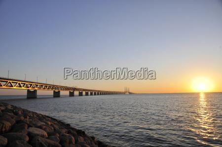 ponte do por do sol de