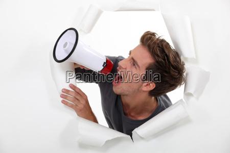 adulto audio anuncio adultos relatorio teimoso