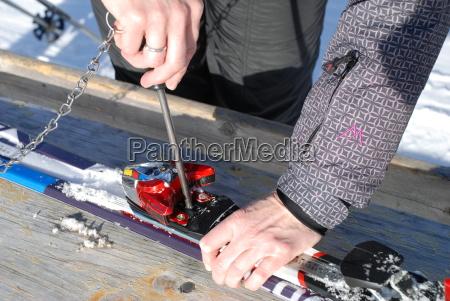 ski service binding service binding din