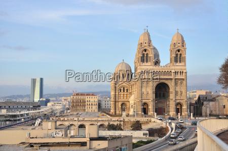 torre religiao igreja cidade monumento existir