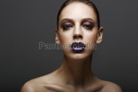 mulher azul moda cor feminino moderno