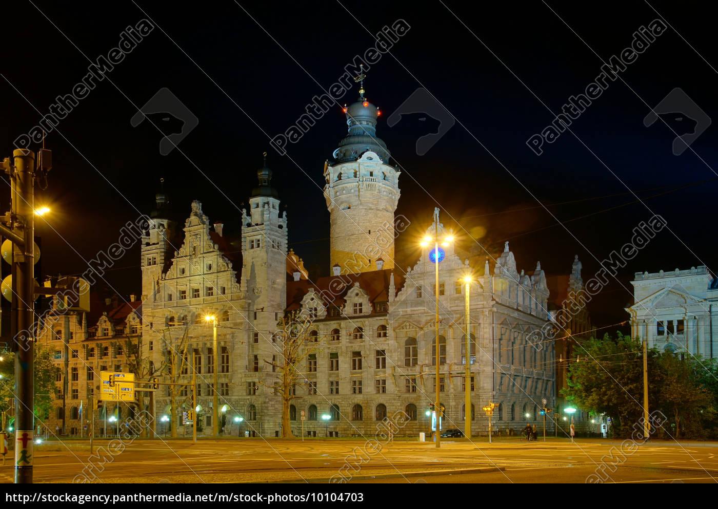 city, hall, em, leipzig, na, noite - 10104703