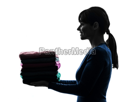 mulher, empregada, trabalho, doméstico, segurando, silhueta - 10112923