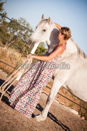 mulher lazer passeio cavalo verao cavalos