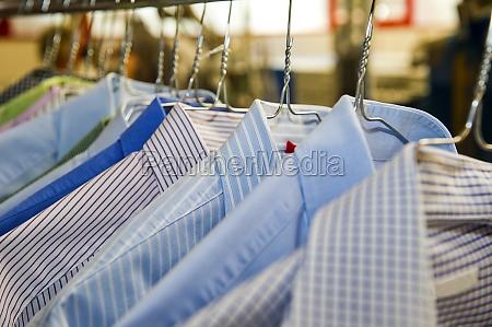 camisas de negocios