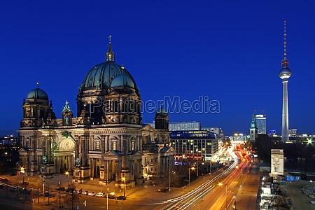 ambiente catedral berlim capital cidade natureza
