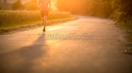 atletacorredor masculinos que funcionam na estrada
