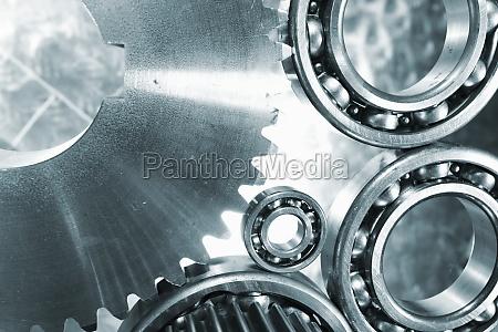 engrenagens e rodas denteadas em titanio
