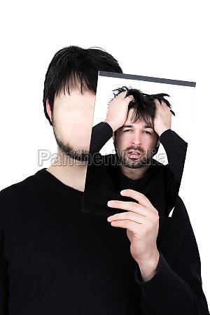masculino fora falso chateado decidir infeliz