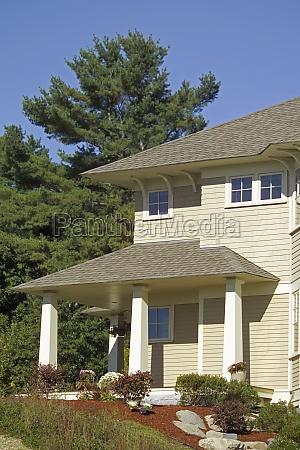 azul casa construcao arvore jardim pedra