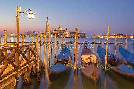 cara torre igreja monumento turismo veneza