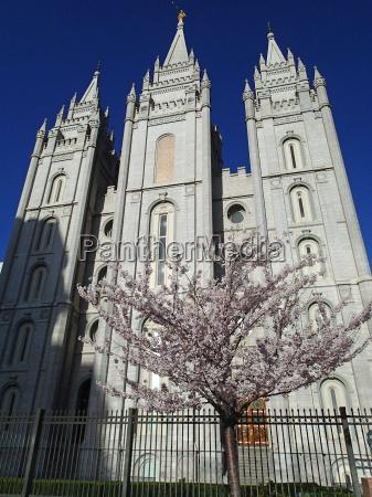 belo agradavel religiao religioso igreja templo